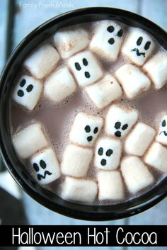 Halloween Hot Cocoa! Is this not the cutest thing ever?