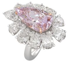 Nirav Modis spectacular pink pear-shaped diamond ring.