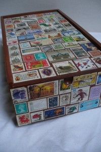 Great tip on what you can do with your postal stamps. I'm definitely going to… Old Stamps, Vintage Stamps, Diy Arts And Crafts, Paper Crafts, Cigar Box Crafts, Postage Stamp Collection, Postage Stamp Art, Decoupage, Stamp Collecting