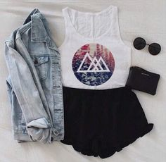 Jeans jacket, black shorts , outfit