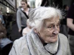 Reach Out to an Elderly Person this Winter