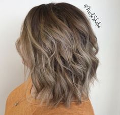Balayage Blonde Ends - 20 Fabulous Brown Hair with Blonde Highlights Looks to Love - The Trending Hairstyle Mousy Brown Hair, Light Ash Brown Hair, Brown Ombre Hair, Brown Hair Balayage, Brown Hair With Highlights, Balayage Brunette, Light Hair, Warm Highlights, Brown Hair Colors