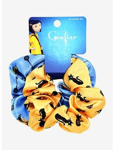 Get dolled up with the help of these satin scrunchies featuring magical Coraline designs!A BoxLunch Exclusive! Set of 2 Imported Coraline Art, Coraline Aesthetic, Tim Burton Beetlejuice, Pinterest Diy Crafts, Johnny Depp Movies, Marie Aristocats, Disney Pocahontas, Disney Mickey Mouse, Coraline Film
