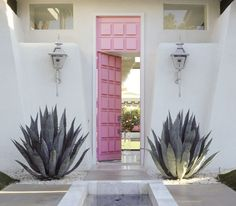 Contemporary pink-front-door-design - Discover home design ideas, furniture, browse photos and plan projects at HG Design Ideas - connecting homeowners with the latest trends in home design & remodeling Modern Front Door, Front Door Design, Front Door Colors, Modern Entrance, Modern Entry, Entrance Design, Home Design, Design Ideas, Design Inspiration