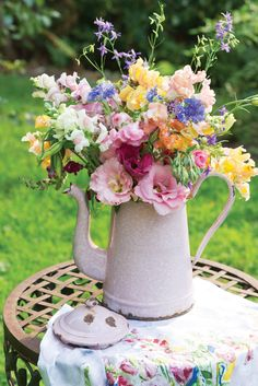 As Vermont welcomes the return of spring, a kaleidoscopic display of flowers in April Cornell's back garden offers bountiful inspiration for her art and designs.