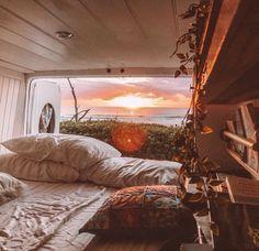 Bus Life, Camper Life, Life Hacks, Vw Camping, Camping Style, The Road, Van Home, Van Living, Roadtrip