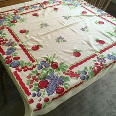 Vintage Cotton Tablecloth Fruit Border Apples Cherries Blue Berries Plums | eBay Lowes Food, Blue Onion, Different Fruits, Green Fruit, Vintage Tablecloths, Sewing Pillows, Blue Leaves, Cotton Napkins, Vintage Cotton