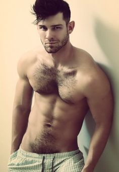 The Bear Underground Archive15,000+ posts of the hottest hairy men around the globe