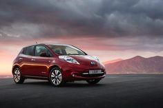Nissan Leaf: inizia la produzione in Europa  Dopo 4 Anni di lavoro e un investimento di 420 milioni di euro, anche lo stabilimento Nissan di Sunderland, in Inghilterra, ha avviato la produzione della Nissan Leaf, il modello con motore elettrico ed emissioni ZERO del marchio giapponese. Nissan Leaf, l'auto elettrica...