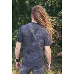 Tričko Sibiřský husky | Dedoles Button Down Shirt, Men Casual, Mens Tops, Gifts, Fashion, Moda, Dress Shirt, Presents, Fashion Styles
