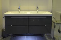vanity sink unit incorporates a sink and a cupboard in one unit providing extra storage for your bathroom essentials.   Builders in London | Builders in Chelsea