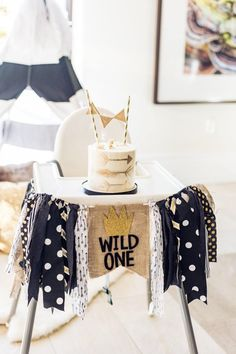 Wild One Party Banner Where the Wild Things Are First Birthday Wild Old Highchair Banner Pennant Flag Bunting Birthday Cake Smash Photo Prop Wild One Party Banner Wo die wilden Kerle ihren ersten Geburtstag haben 1 Year Old Birthday Party, Boys First Birthday Party Ideas, Baby Boy First Birthday, Boy Birthday Parties, Birthday Photos, Birthday Gifts, Twin Birthday Themes, Birthday Cake Smash, First Birthday Cakes