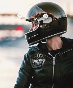 Deathroddixie cafe racer girl. Biltwell helmets