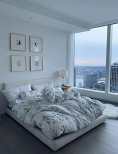 25 Ways Decorating Apartment Bedroom Dream Rooms, Dream Bedroom, Room Decor Bedroom, Dream Apartment, Bedroom Apartment, Chicago Apartment, Apartment Goals, Aesthetic Room Decor, My New Room