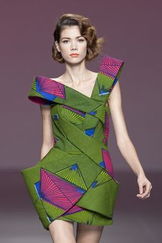 CIAAFRIQUE ™ | AFRICAN FASHION-BEAUTY-STYLE: JUANJO OLIVA SPRING/SUMMER 2010 COLLECTION {Archives}