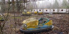 87 Interesting History Facts Your History Teacher Forgot To Mention Chernobyl 1986, Chernobyl Disaster, Chernobyl Nuclear Power Plant, History Teachers, Water Lighting, Interesting History, Sounds Like, History Facts, Abandoned
