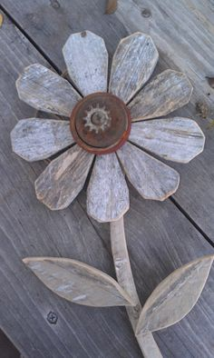 Reclaimed Wood Flower Rustic Wall Decor Rusty Metal Folk Art Garden Art…