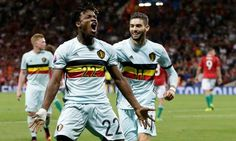 O Chelsea anunciou oficialmente a contratação do atacante belga Michy Batshuayi neste domingo na sede do clube, ele é ex-jogador do Olympique de Marselha.