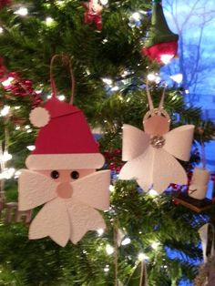 Beth's Paper Cuts: Angel and Santa from the Bow Die Mais Christmas Paper Crafts, Christmas Activities, Christmas Angels, Christmas Projects, Handmade Christmas, Christmas Tree Ornaments, Holiday Crafts, Christmas Holidays, Christmas Decorations