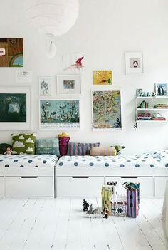 [Home Decor] Shared Kid's Room Inspiration Casa Kids, Daybed With Storage, Storage Beds, Storage Benches, Storage Drawers, Couch Storage, Bed Drawers, Playroom Storage, Seat Storage