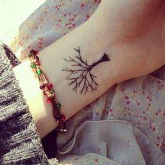 tiny tree on the wrist <3