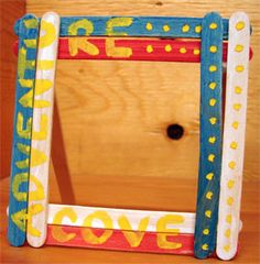 Popsicle® Stick Picture Frames: Crafts for Kids. Lessons and Activities for children in kindergarten to grade 12: KinderArt ®