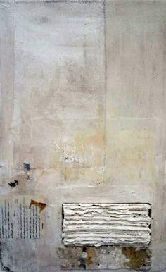 Ron van der Werf (1958) studeerde Beeldende Kunst in Den Haag. Hij maakt gebruik van acryl- en olieverf op doek, paneel of papier om zijn kunstwerken te creëren. Krijt, potlood, stukjes doek, karton, draad en zand worden ook gebruikt. Tijdens het schilderen vertelt hij verhalen over het evenwicht en de onbalans in de wereld, zijn wereld.