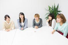 ナタリー - [Power Push] ℃-ute au「ブックパス」インタビュー (2/2) / 左から鈴木愛理、矢島舞美、岡井千聖、中島早貴、萩原舞。