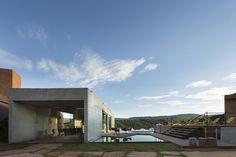 BAR/PISCINA/GALERIA / BCMF Arquitetos + MACh