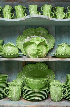 Tory Burch Set of 4 Lettuce Ware Canapé Plates Ceramic Pottery, Pottery Art, Ceramic Art, Decoration Shabby, Keramik Design, Lettuce, Cool Kitchens, Dinnerware, Tea Pots
