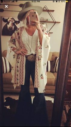 summer outfits with cowgirl boots best outfitsYou can find Country outfits and more on our website.summer outfits with cowgirl boots best outfits Country Girl Outfits, Cute Cowgirl Outfits, Southern Outfits, Rodeo Outfits, Country Fashion, Outfits With Hats, Cow Girl Outfits, Country Girls, Western Girl Outfits