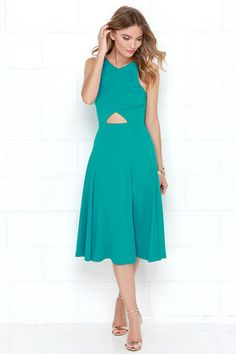 We traced our way through the constellations and brought back the Drops of Jupiter Teal Midi Dress for your twirling pleasure! Cute triangle cutout at the waist. Dress For You, Dresses For Work, Drops Of Jupiter, Bodice Top, Online Dress Shopping, Fit And Flare, Amazing Women, Dresses Online, Trendy Fashion