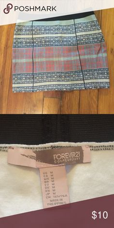 Aztec Print Skirt Aztec print skirt. Excellent condition. Size medium. Forever 21 Skirts Mini