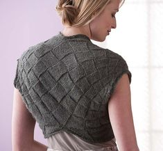 This is a GORGEOUS shrug but sorry guys, you gotta buy the book Entreknits!!!! Ravelry: Cochin Shrug pattern by Eunny Jang