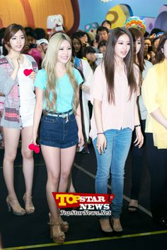 T-ARA's Qri and Ji Yeon, participating in the game…Character Licensing fair 2012 surprise appearance [KPOP]