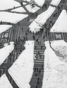 Le Post-it Jaune | MARIO DE BIASI Piazza Duomo, Milano. Italy 1923