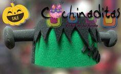 Dale a tu Halloween la mayor diversión con los sombreros de hule espuma de temporada... Serán la sensación #LosMásDivertidos #HalloweenEnCochinaditas ¡Visita nuestra tienda! Sombrero de Frankenstein