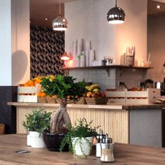 Vassilis just found this new one in the area of Porte de Namur. Shop Around, Inspiration Boards, Coffee Shop, Table Decorations, Deli, Furniture, Home Decor, Kitchens, Coffee Shops