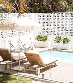 Extraordinary Breeze Block Ideas For Beautiful Home Style 110 – Breeze Blocks Patio Interior, Interior And Exterior, Outdoor Spaces, Outdoor Living, Outdoor Decor, Outdoor Pool Areas, Terrazas Chill Out, Breeze Block Wall, Living Pool
