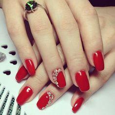 Make an original manicure for Valentine's Day - My Nails Red Gel Nails, Red Nail Art, Red Acrylic Nails, Silver Nails, Toe Nails, Pink Nails, Elegant Nails, Classy Nails, Stylish Nails