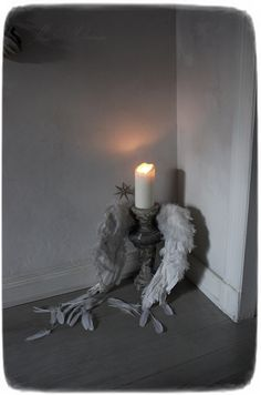 Gothic Chic, Shabby, Goth Home Decor, White Decor, Candle Holders, Chandelier, Romantic, Candles, Vintage