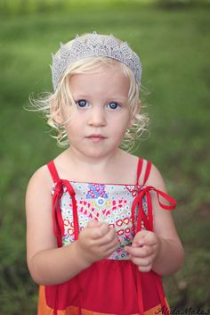 DIY lace princess crown
