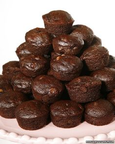 Allergen-Free Brownies: Martha Stewart's gluten-free, dairy-free, refined sugar-free brownies. What a great recipe to bake and freeze, then pop in kid's lunches as needed.