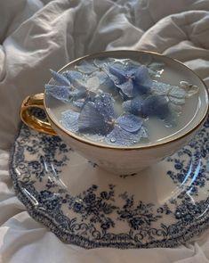 Light Blue Aesthetic, Blue Aesthetic Pastel, Classy Aesthetic, Aesthetic Colors, Flower Aesthetic, Aesthetic Food, Alice Blue, Princess Aesthetic, Flower Tea