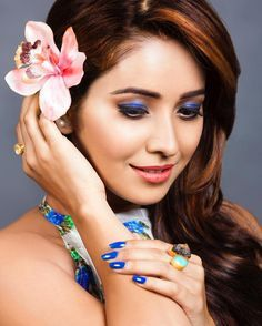 Face Pictures, Crown, Actresses, Earrings, Indian, Accessories, Jewelry, Fashion, Female Actresses