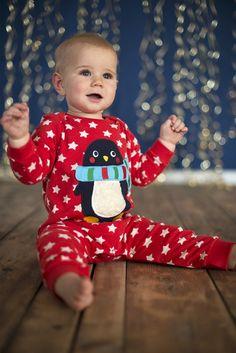 Baby Strampler & Spieler Charlie Romper Tomato Star/Penguin Frugi | Heldenkind