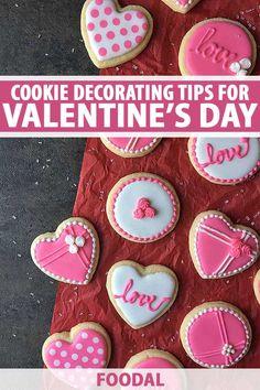 Learn to make something special with our tips on using royal icing and other tricks to decorate beautiful Valentine's Day cookies. Send the kids to school with something unique, pack up a box for your sweetheart, or keep them all… Continue Reading → Valentine Desserts, Valentines Day Cookies, Köstliche Desserts, Valentine Sugar Cookies Recipe, Easter Cookies, Birthday Cookies, Christmas Cookies, Valentine's Day Sugar Cookies, Sugar Cookie Royal Icing