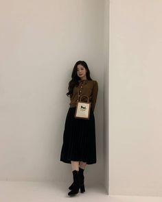 K Pop, Nayeon, South Korean Girls, Korean Girl Groups, Twice Dahyun, Brown Aesthetic, Aesthetic Korea, Kpop Girls, My Girl