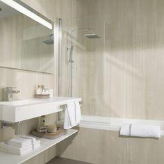 Las mejores prestaciones del porcelánico técnico de Urbatek e XLight también en tu suelo, baño, cocina o terraza. Descubre las posibilidades de los materiales de Urbatek en cada estancia de tu hogar
