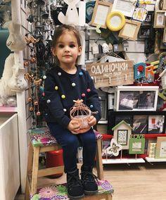 Little Girl Fashion, Kids Fashion, Toddler Outfits, Kids Outfits, Kids Frocks Design, Frock Design, Sweater Shop, Summer Kids, Future Baby